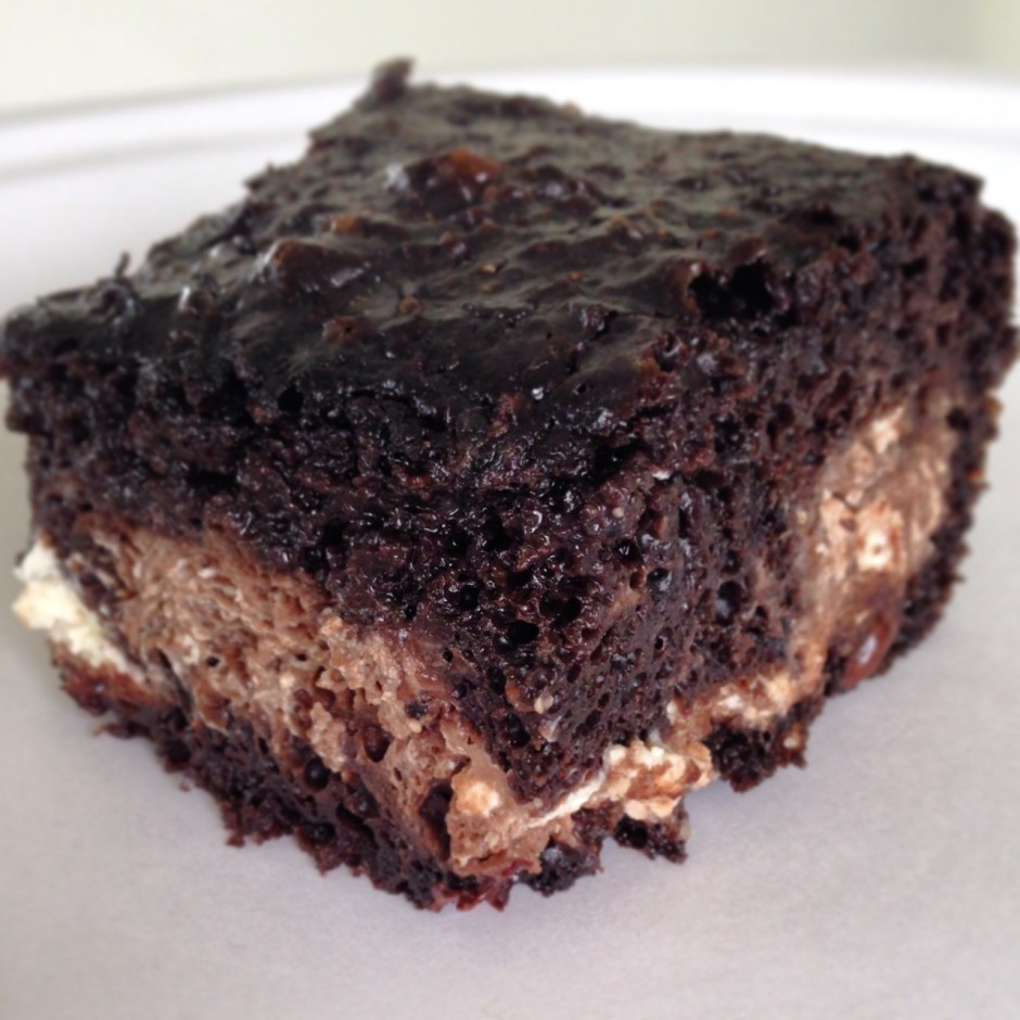 Protein Cheesecake Swirl Brownies